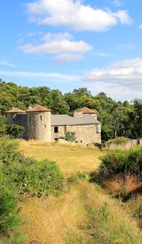 Chateau-de-Craux,-Haute-cévenne,-Ardèche