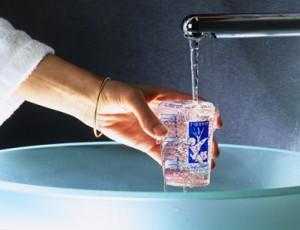 verre d'eau de Vals