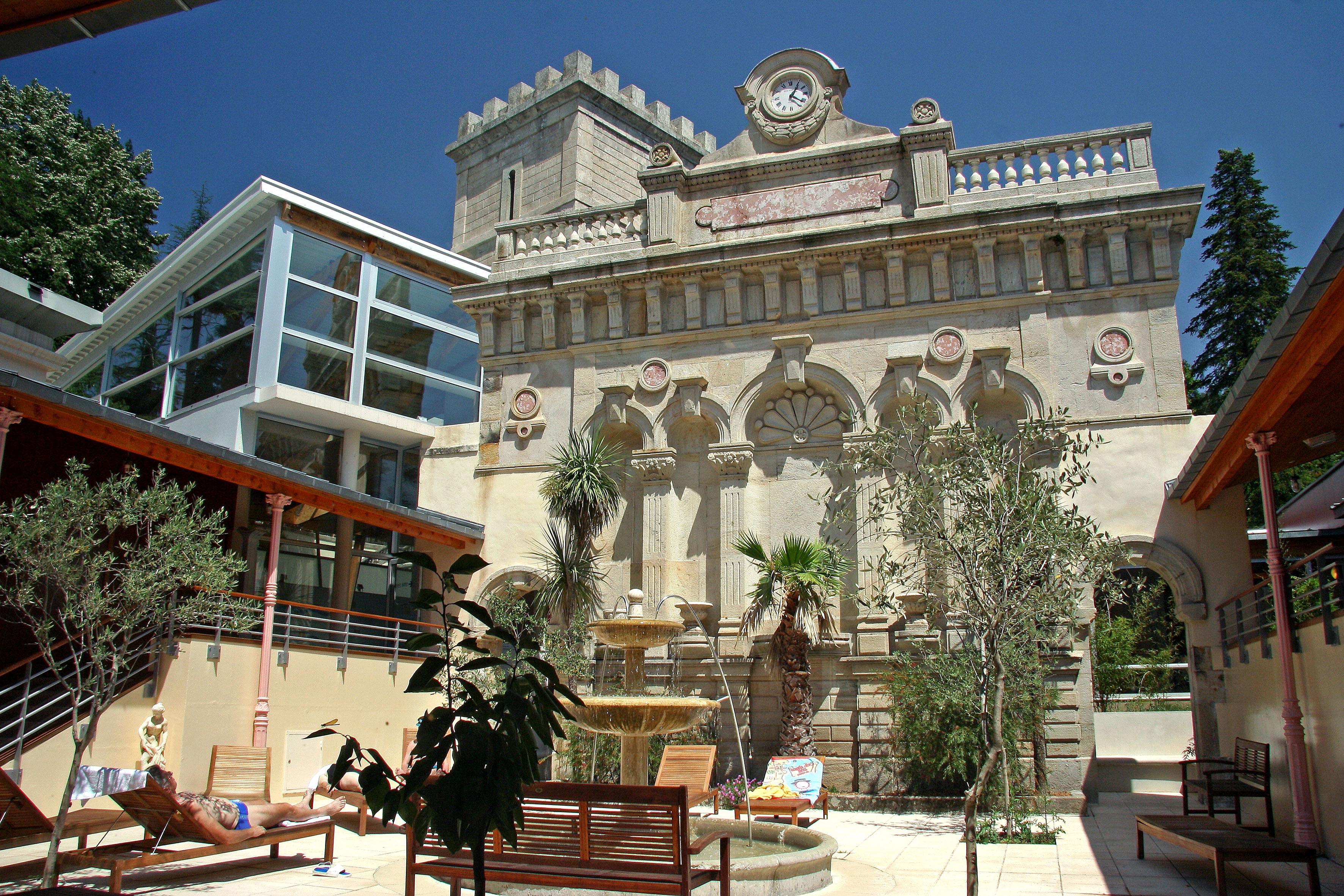Vals les bains ville thermale ard che office de tourisme for Thalasso les bains