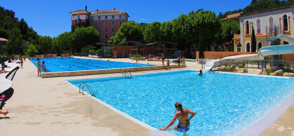 Piscines en ard che for Piscine aubenas