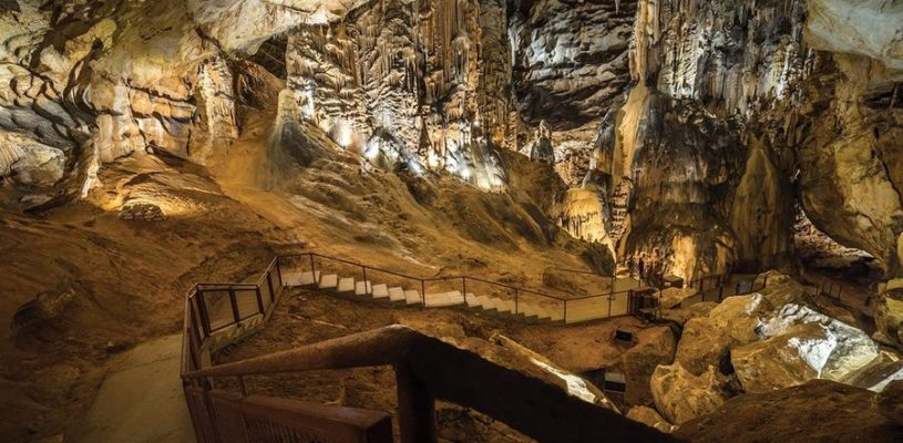 grotte-saint-marcel-dardeche-bidon